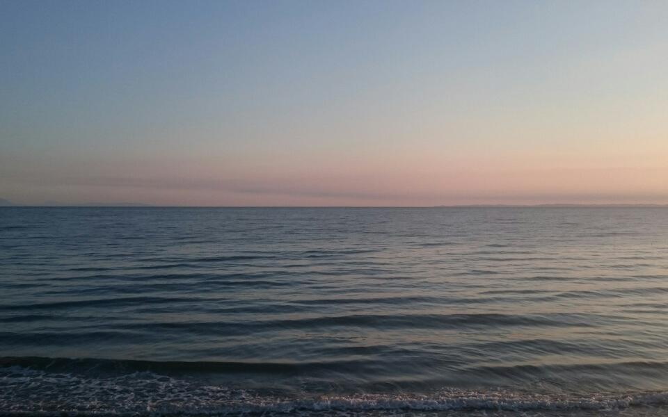 日が昇る前のプレミアム散歩