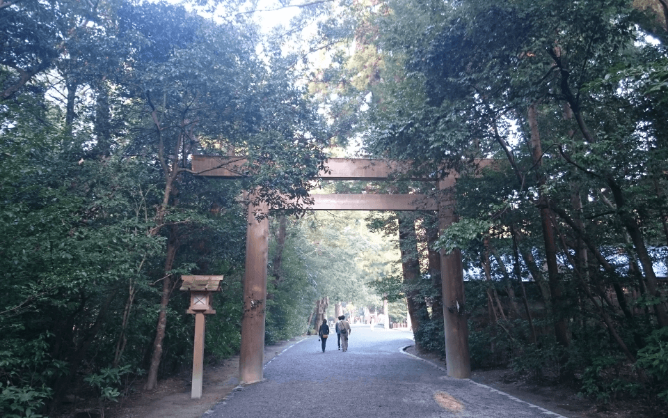 神宮の森に感じる